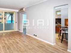 In a building located in the La Rousse district of Monaco, close to shops and businesses, and a close walking distance from the Larvotto Beach, this… Flats For Sale, Monte Carlo, Monaco, Distance, Beautiful Homes, Shops, Walking, Real Estate, Bedroom