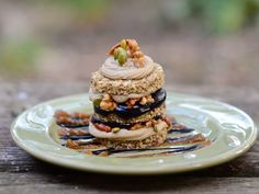 Raw Sweet Pumpkin Layer Cake - Looking for spectacular raw desserts? Raw Pumpkin seed recipes? This raw vegan pumpkin layer cake from Whole To Healthy is INCREDIBLE!