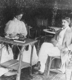 Queen Marie of Romania and her husband, King Ferdinand Romanian Royal Family, Greek Royal Family, Princess Victoria, Queen Victoria, Royal Weddings, Ferdinand, Royalty, Descendants, Edinburgh