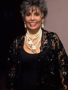 Great photo of her Lena Horne, Grey Hair Wig, Black Celebrities, Celebs, Hollywood Celebrities, Vintage Black Glamour, Frontal Hairstyles, Black Actresses, Ageless Beauty