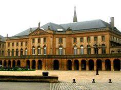 Ma ville Natale ! Rue des Récollets Metz theatre guide du tourisme de Metz Moselle Lorraine
