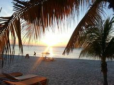 Vacaciones.  Escapate Tenemos las Vacaciones de tus sueños. 998-2412842 mercedesadorovacacionar@gmail.com face.Cancun Vacaciones Adorovacacionar