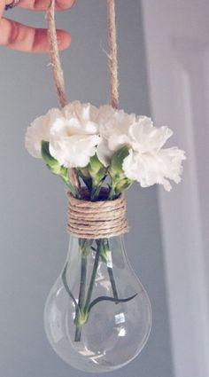 DIY flower vase. Made of a lightbulb!