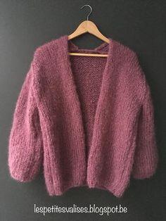 Crochet Poncho Sweater Beautiful New Ideas Crochet Cardigan Pattern, Vest Pattern, Crochet Vests, Summer Knitting, Lace Knitting, Knitting Sweaters, Free Knitting Patterns For Women, Angora, Clothing Photography