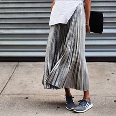silver-pleated-skirt-street-style-fashion-oracle-fox