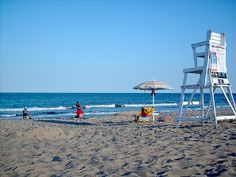 Oceanfront @ Gr8 Price — FREE Wi-Fi & Sunrises — Walk 2 Beach & Dining