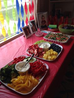 Color coordinated food for UNO party