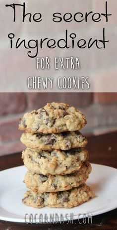Strawberry Desserts Discover Chocolate Chip Oatmeal Cookies - Coco and Ash THIS IS A GAME CHANGER! The best chocolate chip cookie recipe you will ever make! Oatmeal Chocolate Chip Cookie Recipe, Chocolate Chip Recipes, Chocolate Chips, Easy Oatmeal Cookies, Chocolate Smoothies, Chocolate Shakeology, Lindt Chocolate, Chewy Oatmeal Raisin Cookies, Oatmeal Peanut Butter Cookies