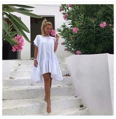 My Kind Of Woman, Chic Outfits, Dress Making, Casual Wear, White Dress, Hair Beauty, Summer Dresses, Womens Fashion, Floral