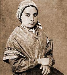 Santa Bernadette Soubirous - Tradición y Acción por un Perú Mayor
