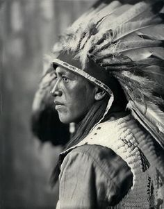 1931 First American Pageant, Chief Yowlache, Yakima baritone - Albuquerque Museum Photo Archives - CONTENTdm Title Native American Patterns, Native American Beauty, Native American Photos, American Spirit, Native American Tribes, Native American History, Native American Photography, Native Indian, Red Indian