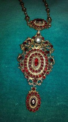 Victorian Austro Hungarian Renaissance Revival Garnet Seed Pearl Necklace