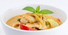 Recette de Curry rouge de poulet. Facile et rapide à réaliser, goûteuse et diététique. Ingrédients, préparation et recettes associées.