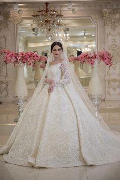 Welcome : image Pnina Wedding Dresses, Wedding Dress With Veil, Stunning Wedding Dresses, Country Wedding Dresses, Classic Wedding Dress, Black Wedding Dresses, Princess Wedding Dresses, Bridal Dresses, Tulle Wedding