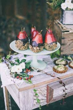 20 Gorgeous Winter Fruit Wedding Decor Ideas | Brit + Co