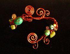Copper wire vine bracelet   Flickr - Photo Sharing! Copper Jewelry, Copper Wire, Bangles, Bracelets, Jewelries, Wire Wrapped Jewelry, Wire Wrapping, Vines, Arts And Crafts