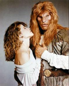 Beauty and the Beast-Linda Hamilton and Ron Perlman. Catherine and Vincent :)