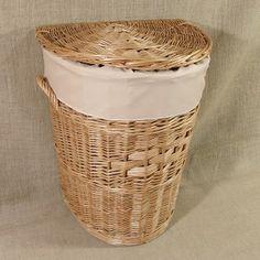 Wiklinowy kosz na pranie obszyty materiałem w kol. cappuccino
