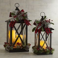 18 Last Minute Rustic Christmas decorations you must have seen - SherryAnd Keith Morgan - Deko weihnachten - Natal Noel Christmas, Outdoor Christmas, Christmas Projects, Christmas Wreaths, Christmas Ornaments, Advent Wreaths, Nordic Christmas, Christmas Porch, Christmas Kitchen