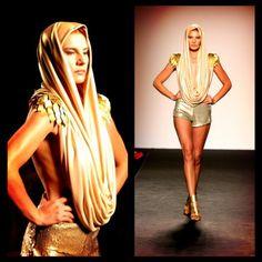 Alta Roma 2014  #fashion #gold #rome #italy #style #runway #altaroma #tailoring #handmade Rome Italy, Roman, Runway, Wonder Woman, Superhero, Instagram Posts, Gold, Handmade, Style