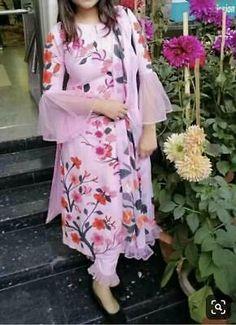 Com - Designer Dresses Short Salwar Designs, Kurti Designs Party Wear, Kurta Designs Women, Pakistani Dress Design, Pakistani Dresses, Indian Dresses, Indian Outfits, Pakistani Frocks, Eid Dresses