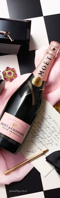 Moët & Chandon Love it!!! ༺༺ http://hairlineillusions.com/shop.html ༺༺ http://egyptlawson.com ༺༺
