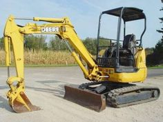 John Deere Mini Excavators    http://www.rockanddirt.com/equipment-for-sale/JOHN-DEERE/excavators-mini