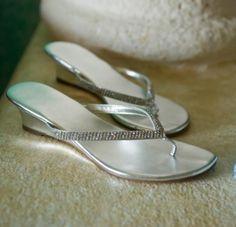beach wedding shoes   Beach Wedding Shoes [Slideshow]