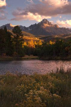 Colorados autumn brings the best scenery in the U.S. [OC] [20481365] #reddit