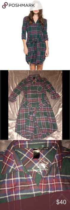 """Plaid flannel shirt dress w/ front tie Adorable plaid flannel shirt dress with front pocket and """"tied around the waist style look"""" with a front tie that can also be tied in back! ✨Brand-new without tags!! ✨ size small Swell Dresses"""
