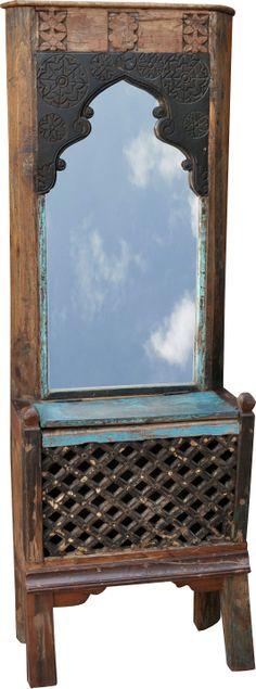 Dieser Stand-Spiegel stammt aus Rajasthan, ist stattliche 1,90m hoch und einer Maharani würdig: ein repräsentativer Blickfang für Diele oder Schlafzimmer. Shabby, Mirror, Furniture, Home Decor, Mirrors, Wood, Bed Room, Homemade Home Decor, Home Furnishings