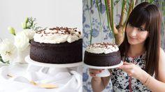Esse é um bolo super chocolatudo, molhadinho e fofo que leva cerveja Guinness na receita.