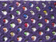Pride of Lions: Button scarf - free crochet pattern.