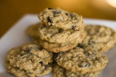 Recipe of the Day: Oatmeal Raisin Cookies