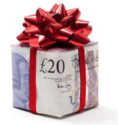 Yesterday I was told that it's 15 weeks until Christmas! If you had an extra £100 a week between now and then, what would your Christmas be like?