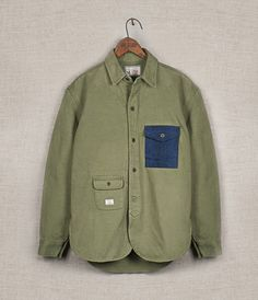 Shop the latest apparel, eyewear and footwear collections from Han Kjøbenhavn. Army Shirts, Military Fashion, Military Vest, Look Cool, Look Fashion, Womens Fashion, New Outfits, Work Wear, Shirt Designs