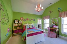 Green Themes with Tree Wall Murals Stickers and Colorful Beds in Kids Bedroom Interior Paint Decorating Design Ideas Best Furniture Sets in Modern Kids Bedroom Interior Design Ideas