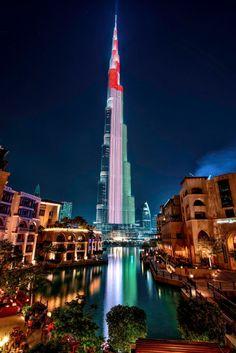 Burj Khalifa welcoming 2015 - by Mostafa Ajjawi