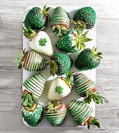 Chocolate Dip Delights™ St. Patrick's Day Real Chocolate Covered Strawberries - 12-piece | Delights