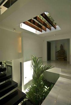 New interior stairs design window ideas Patio Interior, Interior Stairs, Home Interior Design, Interior Architecture, Interior And Exterior, Villa Design, Modern House Design, Floor Design, Home Deco