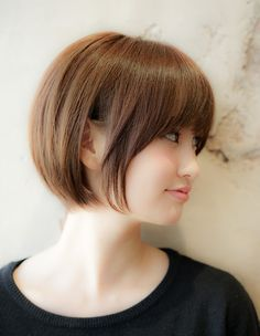 Girls Short Haircuts, Short Bob Hairstyles, Hairstyles Haircuts, Short Hair Undercut, Short Hair Cuts, Japanese Short Hair, Bob Hair Color, Hair Cutting Techniques, Bob Haircut With Bangs