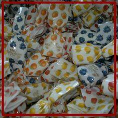 Baratti & Milano - Caramelle Ripiene alla Frutta http://www.dolcefattoincasa.it/baratti-e-milano/124-baratti-milano-caramelle-ripiene-alla-frutta.html?live_configurator_token=506428697bbb14e90025a8864dd19ac1&id_shop=1&id_employee=1&theme=theme5&theme_font=