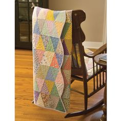 Free Studio Perfect Triangle Quilt pattern Downloadable pattern.