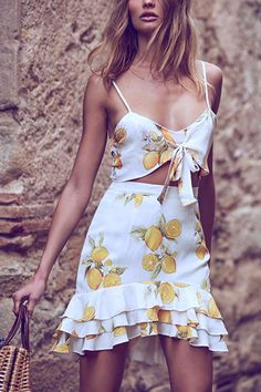m.lovelywholesale.com wholesale-euramerican+v+neck+sleeveless+lemon+printed+white+cotton+blend+two-piece+skirt+set-g159462.html