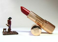 Estee Lauder Rich Red Lipstick