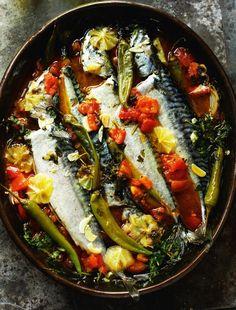 Rick Stein's blue fish stew with chilli cornbread recipe - Healthy Fish Food İdeas Seafood Linguine, Linguine Recipes, Fish Recipes, Seafood Recipes, Healthy Recipes, Recipies, Healthy Dinners, Chicken Recipes, Antipasto