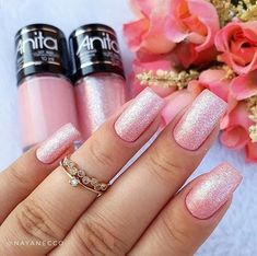 Have you discovered your nails lack of some trendy nail art? Yes, recently, many girls personalize their nails with lovely … Glitter French Manicure, French Nails, Glitter Nails, Glitter Art, Trendy Nail Art, Stylish Nails, Heart Nail Designs, Nail Art Designs, Sns Nails Colors