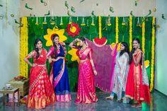 Ideas fashion show decorations backdrops diy photo Bridal Poses, Bridal Photoshoot, Indian Bridal Photos, Wedding Stills, Wedding Mandap, Telugu Wedding, Wedding Stage Decorations, Marriage Decoration, Indian Wedding Photography Poses