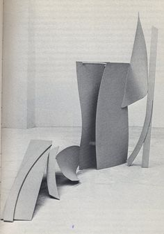 Anthony Caro Geometric Sculpture, Abstract Sculpture, Sculpture Art, Steel Sculpture, Modern Sculpture, Slab Ceramics, Anthony Caro, Sculpture Projects, English Artists