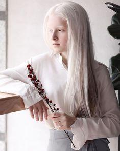 Pretty People, Beautiful People, Beautiful Things, Albino Girl, White Blonde Hair, Dark Hair, Red Hair, Brown Hair, Toddler Girls